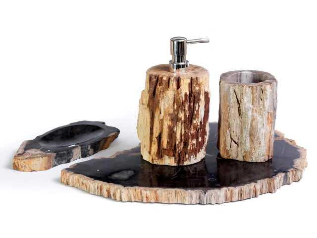 Продам: Набор для ванной из окаменелого дерева