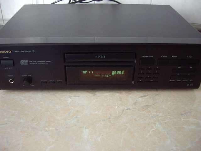 Продам: Onkyo DX-7310 - cd проигрыватель
