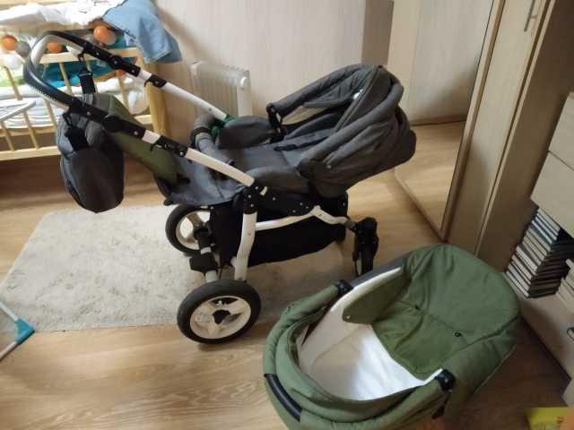 Отдам даром: Детская коляска