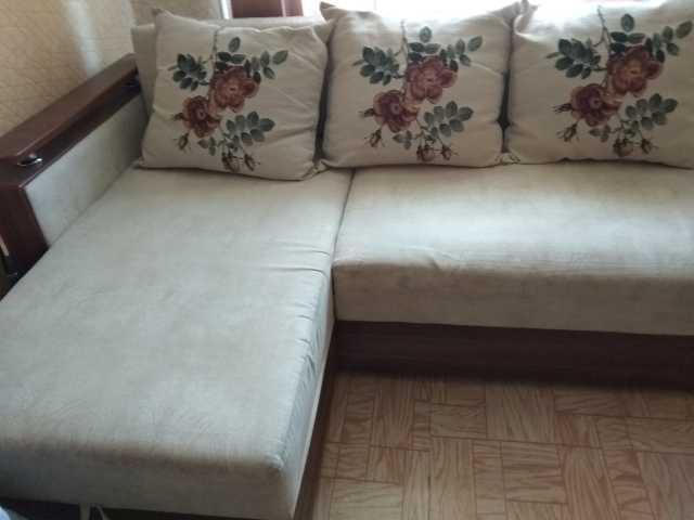 Продам: угловой диван, Длина 2.65, ширина 1.10