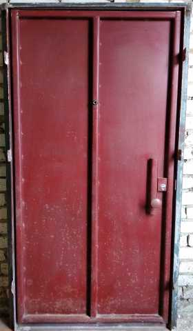 Продам: Металлическая дверь