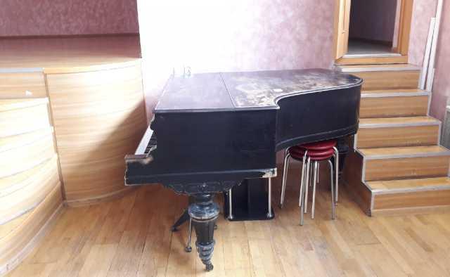 Отдам даром: рояль