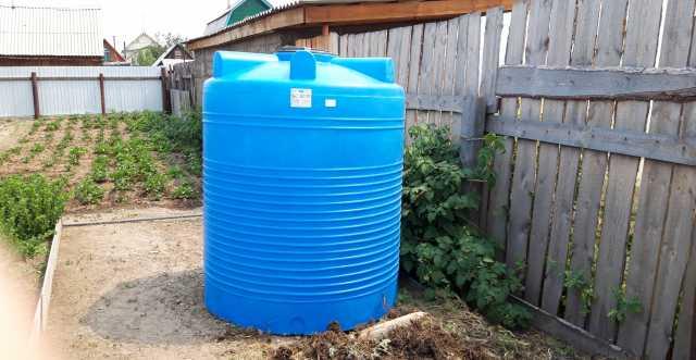 Продам Пластиковая емкость для воды