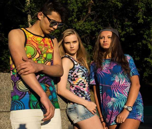 Предложение: Дизайнерская одежда с принтами