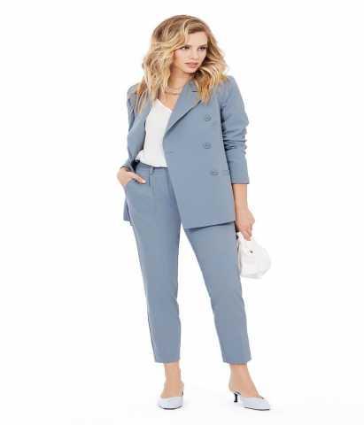 Продам: женский костюм