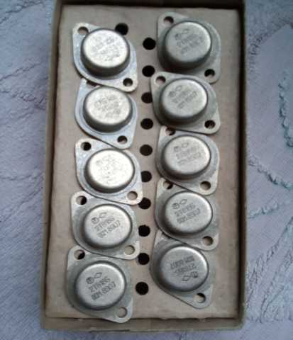 Продам: Транзисторы раритет 2Т818Б ОСМ + 2Т819Б