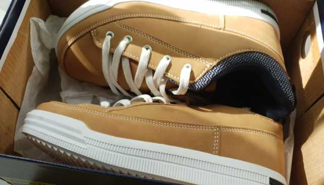Продам: ботинки на мальчика