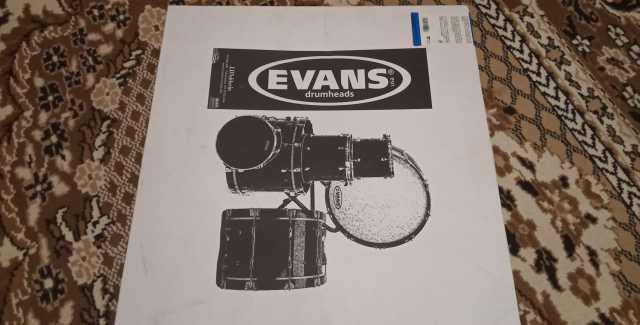 Продам: Пластик для бас-барабана evans BD22HB