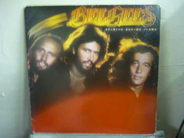 Продам: Bee Gees – Spirits Having Flown VG++ кон