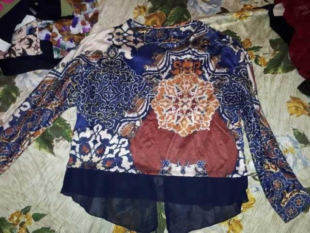 Продам: Блузки нарядные 9 шт. любая