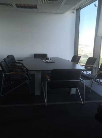 Продам: Стол переговоров
