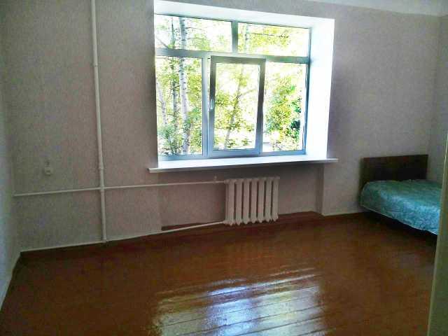 Продам: Комнату в трехкомнатной кв