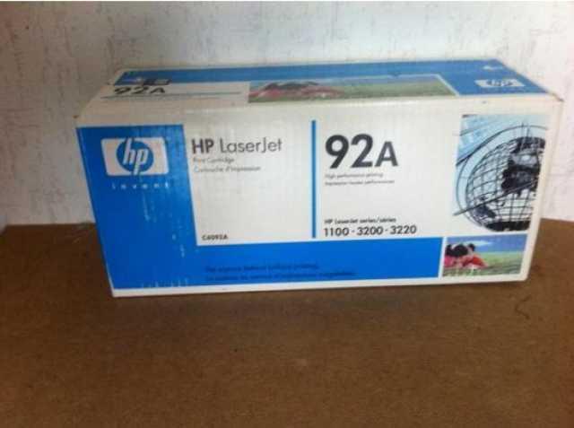 Продам: Картридж HP C4092A