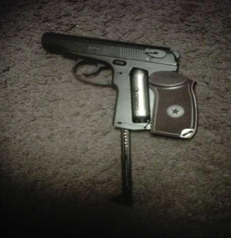 Продам: Пистолеты пневматические пм 49,мр 654к