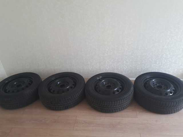 Продам: Комплект зимней резины Michelin