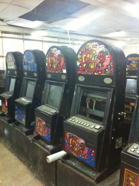 Б у игровые автоматы продам дешево игрософт multigaminator http казино вулкан