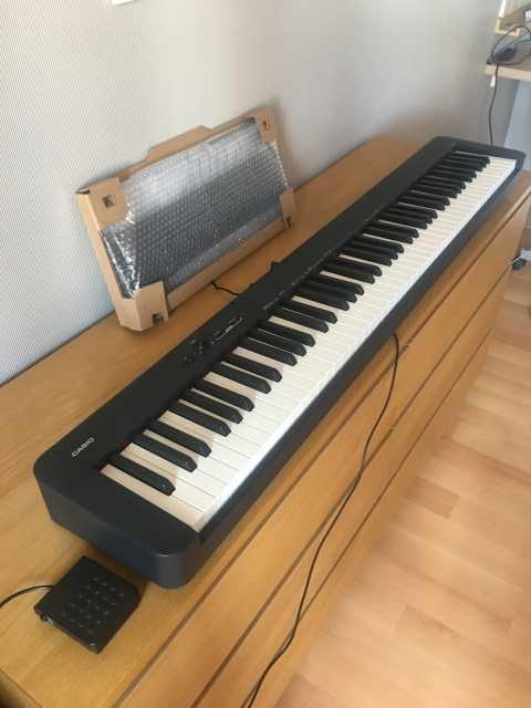 Продам: Электронное пианино Casio CDP-S100