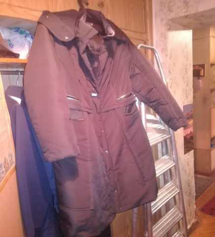 Продам: Куртки, пальто и полупальто