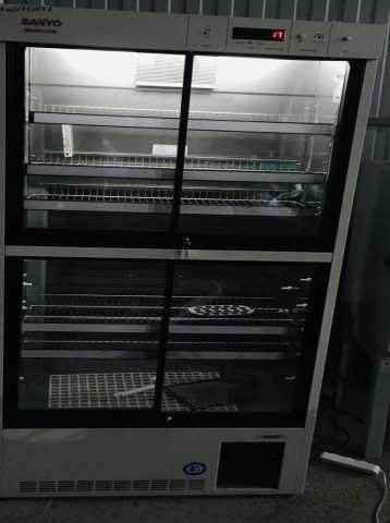Продам Фармацевтических холодильник Sanyo