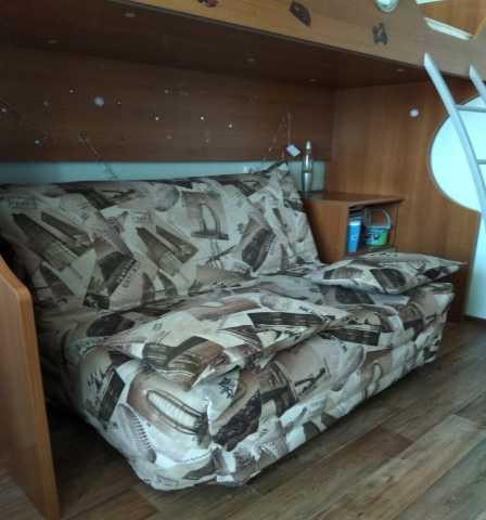 Продам: Двухъярусная кровать с диваном-лягушкой
