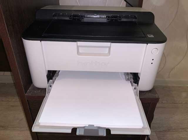 Продам: Принтер Brother HL-1110R