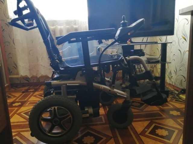 Продам: Продаю инвалидную кресло-коляску. С элек
