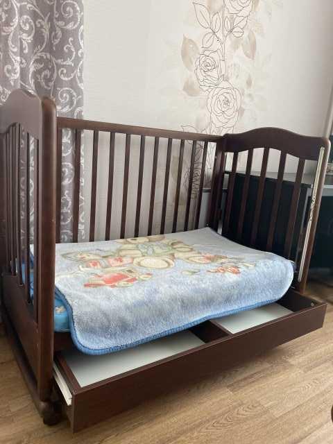 Продам: Кроватка для новорождённого