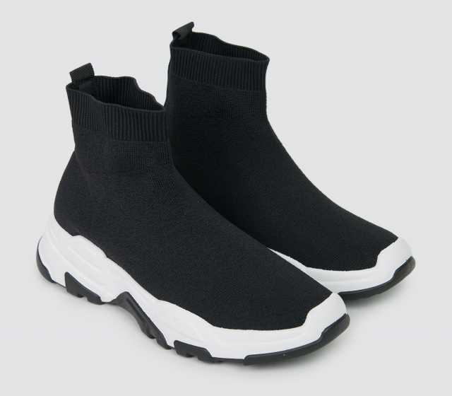 Продам: стоки кроссовок оптом 4000 пар