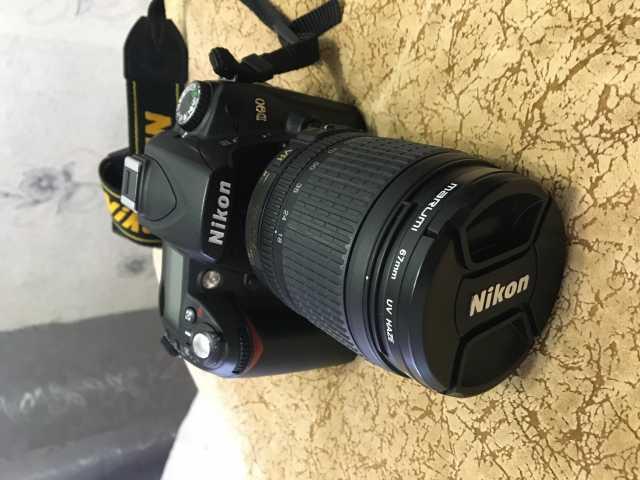 Продам: Зеркальный фотоаппарат Nikon D90 18-105