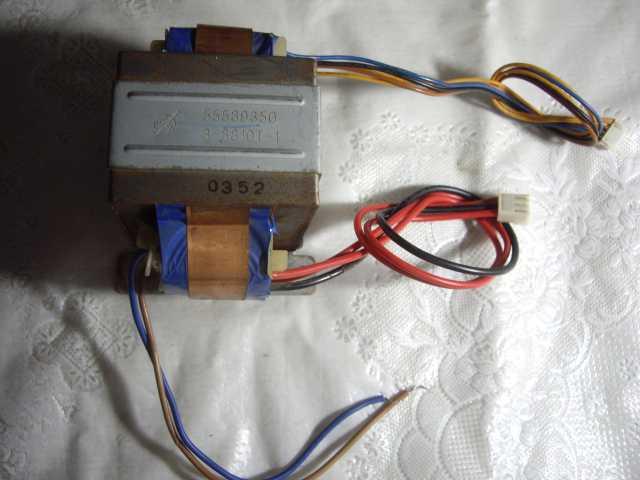 Продам: Трансформатор от музыкального центра Tho