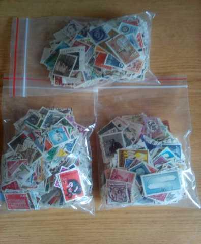 Продам: Почтовые марки мира 1000 шт