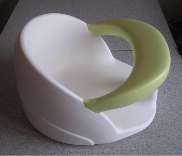 Продам: Сиденье для купания пластиковое вращающе
