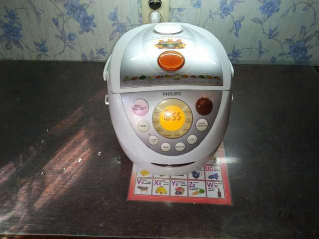 Продам: Мультиварка Philips HD 3039