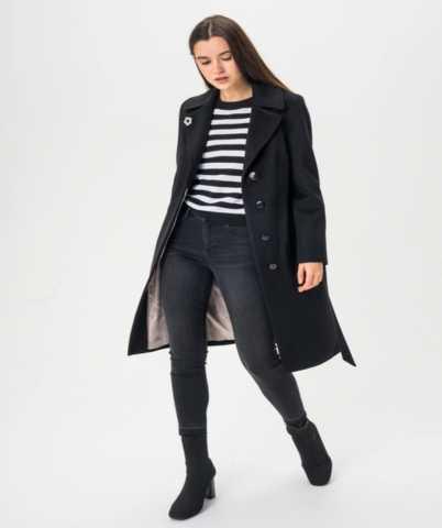 Продам: Новое женское пальто в классическом стил