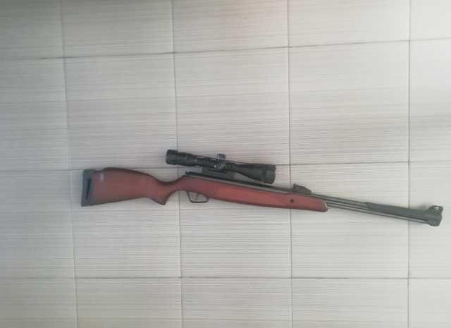 Продам: пневматическая винтовка Stoeger Airguns