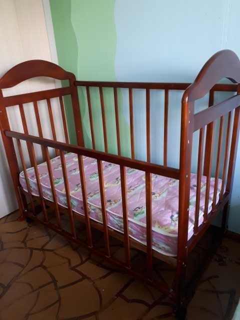 Продам: Продам кроватку