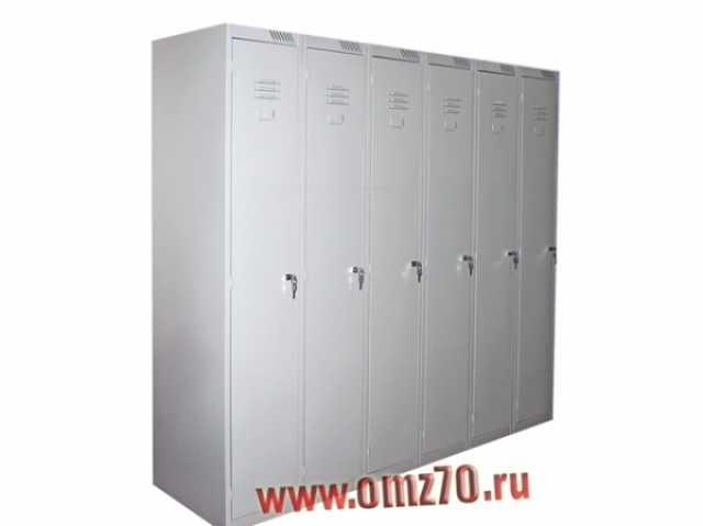Отдам даром: Металлический шкаф для одежды