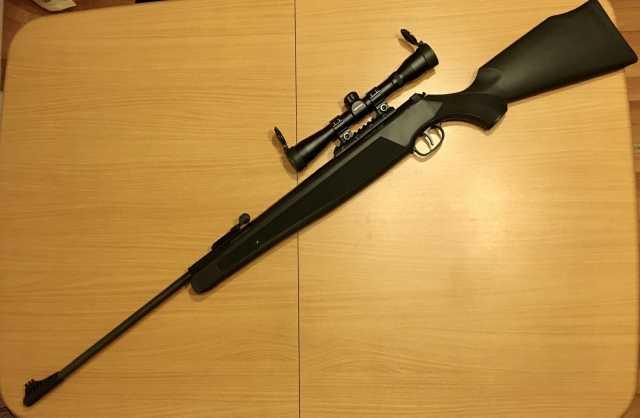 Продам: Пневматическая винтовка Smersh R4
