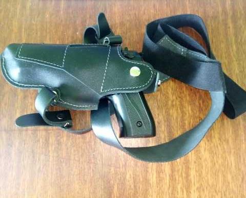 Продам Beretta 92 (охолощённая)