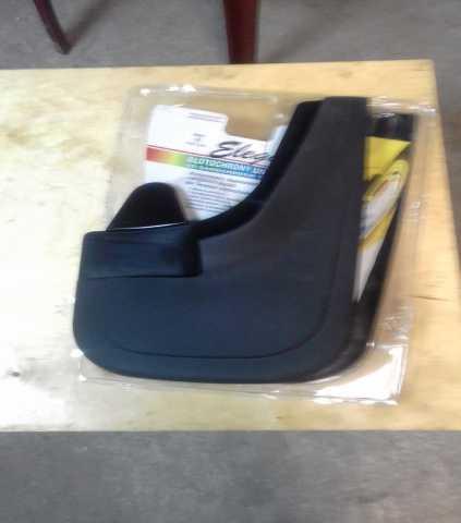 Продам: Новые передние брызговики Рено Дастер