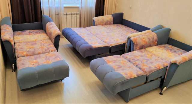 Продам: Комплект мягкой мебели