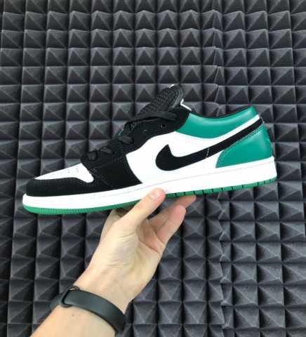 Продам: Кроссовки Nike