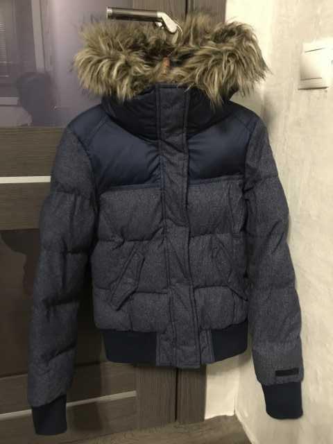 Продам: Куртка утепленная adidas Neo (оригинал)
