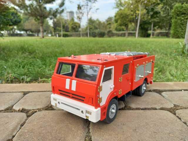 Продам: Сувенирный пожарный автомобиль КамАЗ ПСА