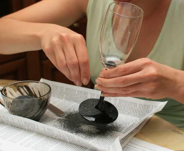 Предложение: Мастер-класс по декорированию бокалов