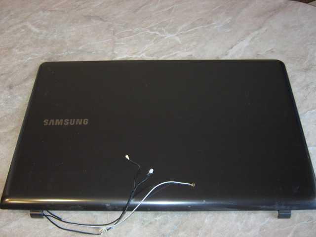 Продам: Крышка матрицы ноутбука samsung APORS