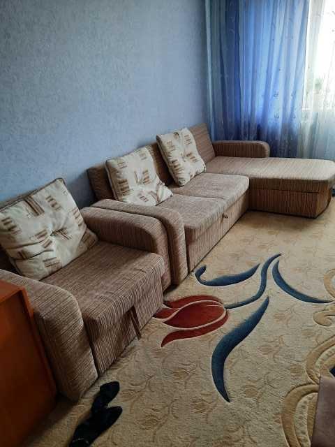 Продам: угловой диван с креслом