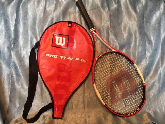 Продам: Теннисная ракетка