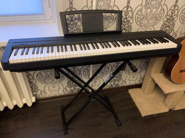 Продам: Цифровое пианино Yamaha P-35