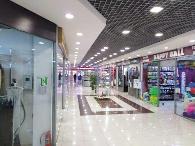 Сдам: Торговая площадь в ТЦ УЛЕЙ